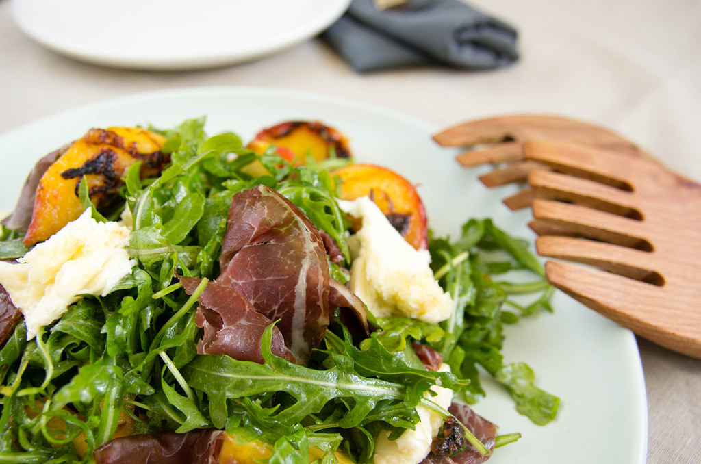 Grilled peach salad with bresaola and fior di latte